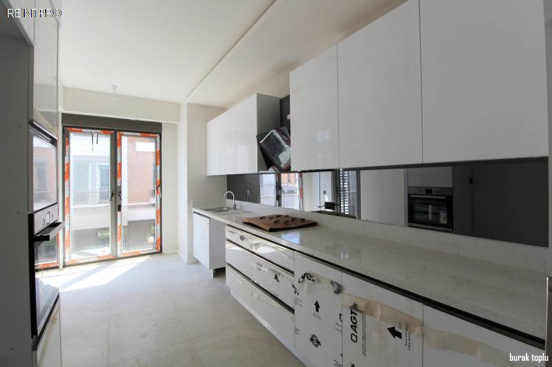 Apartment FOR SALE Türkiye Antalya Guzeloba Real Estate Agents $930002